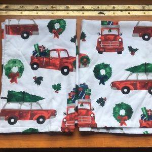 2 NWOT holiday tea towels